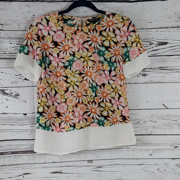 Banana Republic floral top size xs